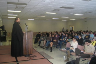 Metropolitan Jonah challenges college students to shatter the idols in today's society