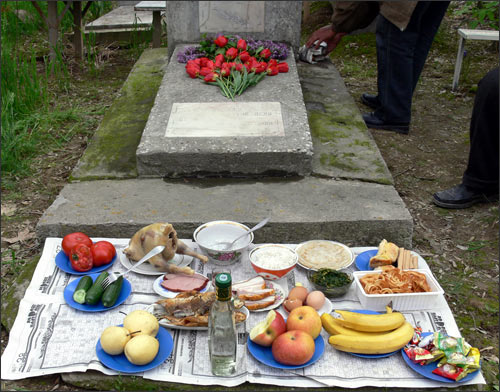 Feast at grave